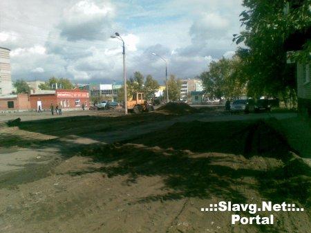 Ремонтные работы на площади третьего микрорайона