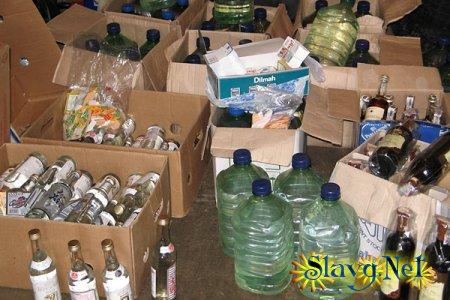 В Яровом пресечена деятельность ОПГ, занимающейся производством и сбытом алкогольного суррогата