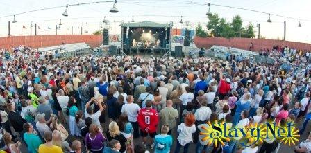 """Пляжно-развлекательный комплекс """"Причал"""" - Открытие сезона-2012"""